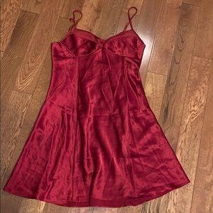 $bogo$ Victoria's Secret 100% silk nightie small